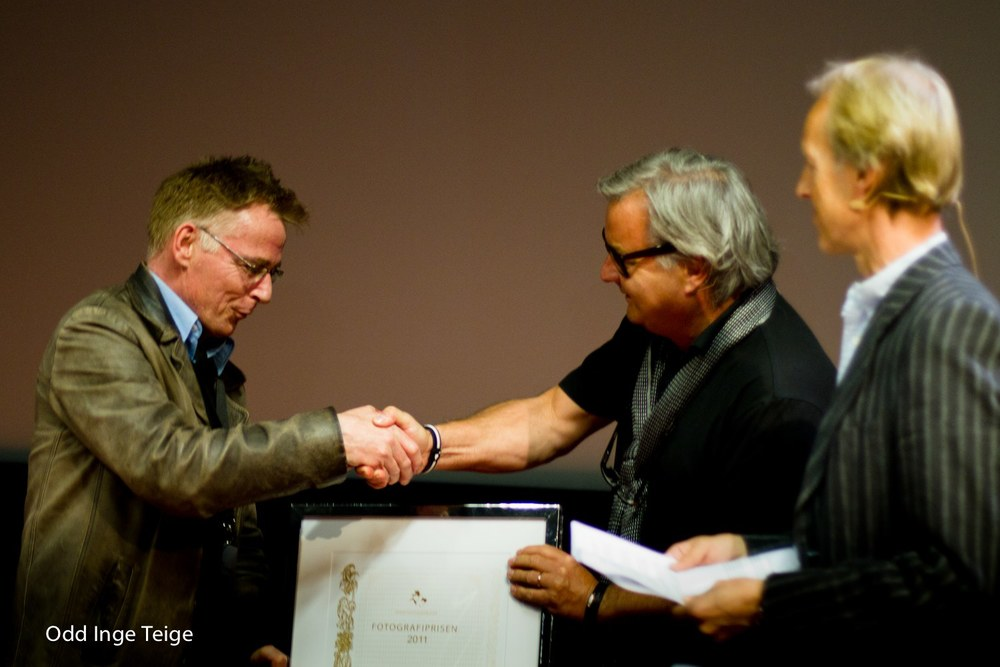 Nordic Light 2011: Rune Johansen is awarded the Photography Prize.  Photo: Odd Inge Teige