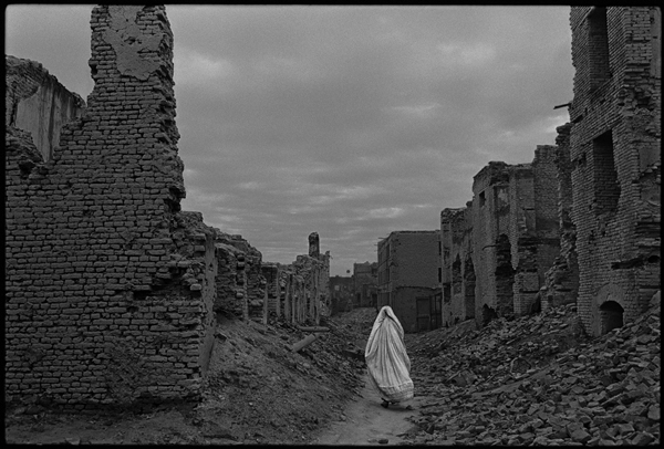 Nachtwey_Kabul_1996.jpg