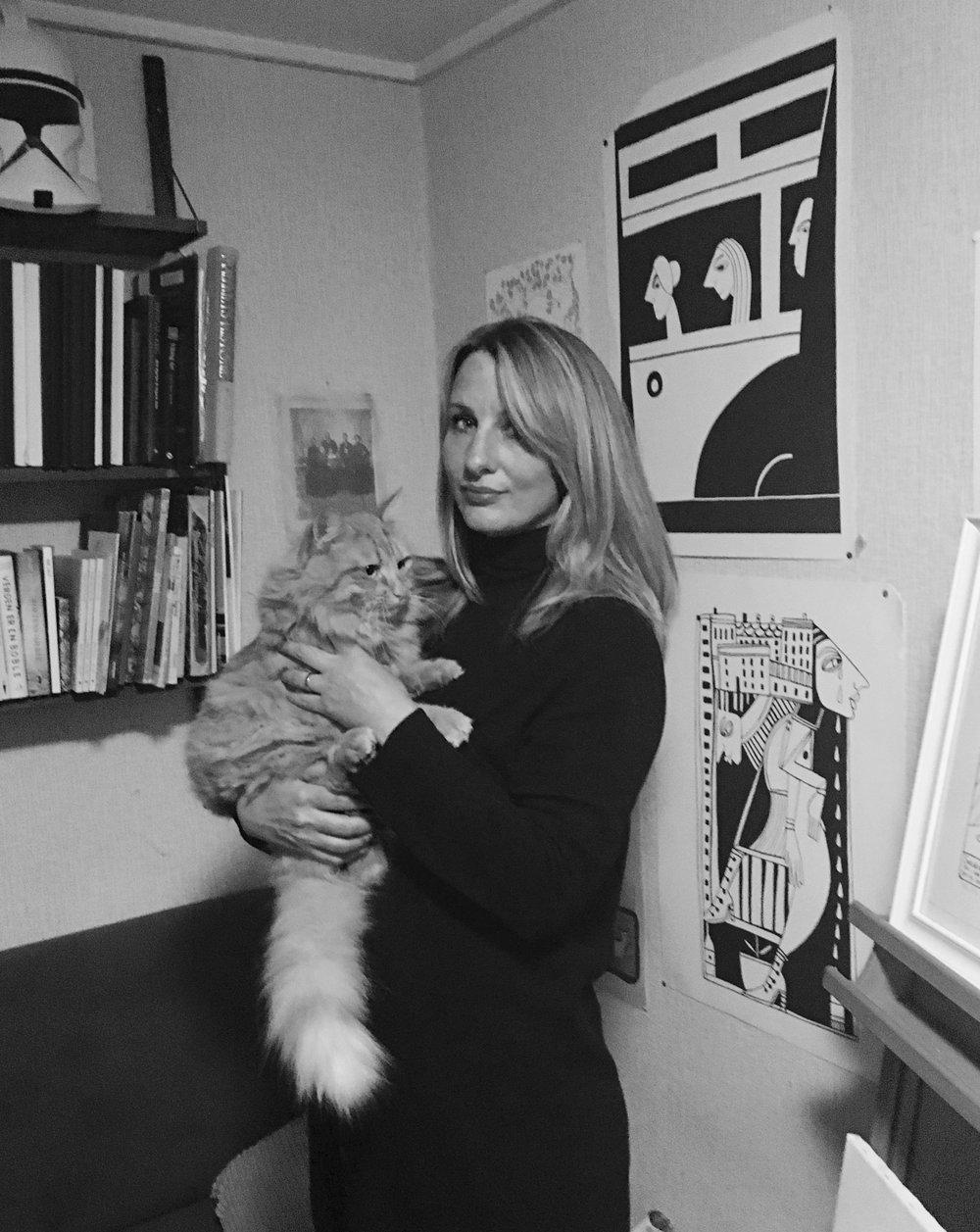 Tora i stegnestudioet // Tora in her studio