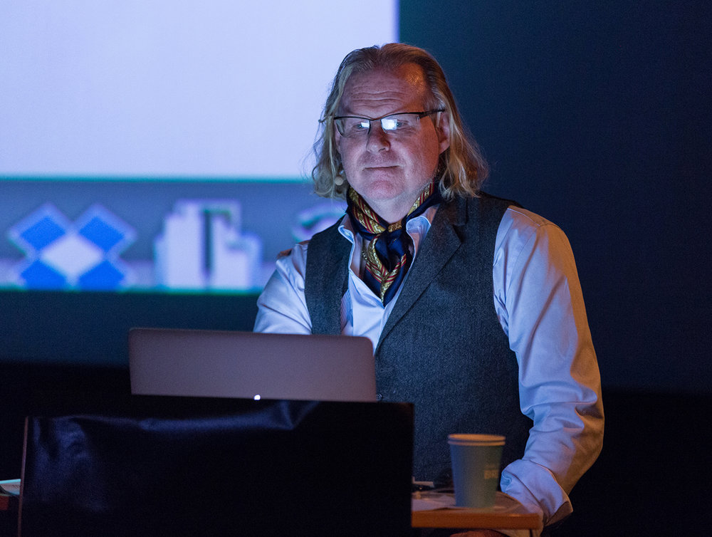 Peter Turnley during his lecture in Carline Cinema