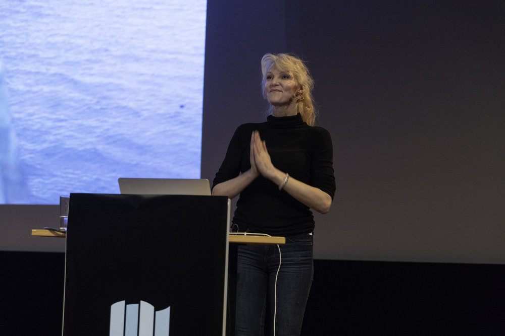Grethe Bøe holding her lecture