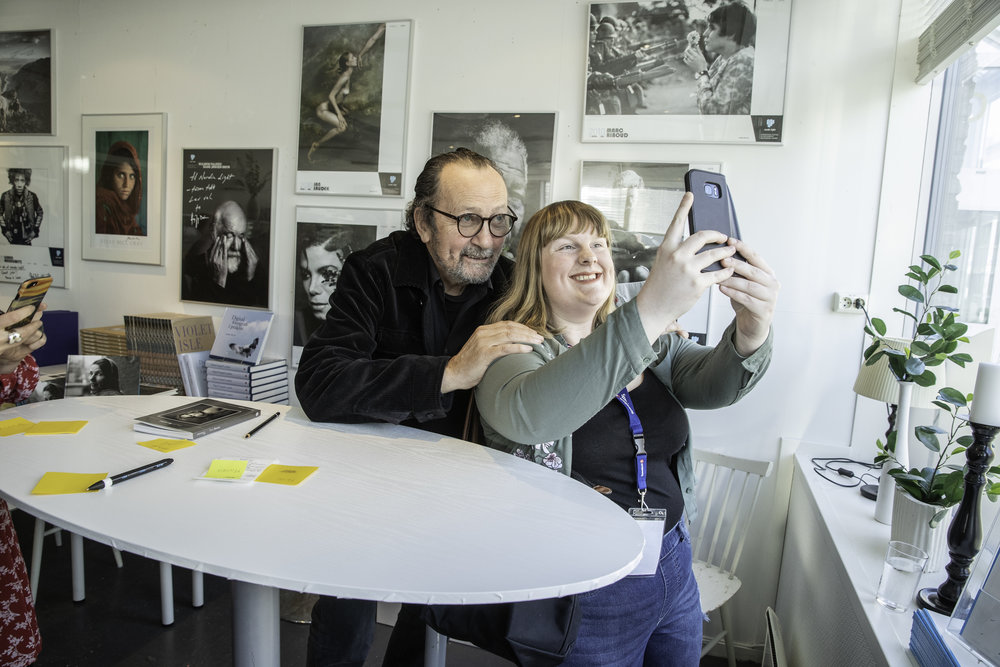 Taking selfies with Paolo Roversi