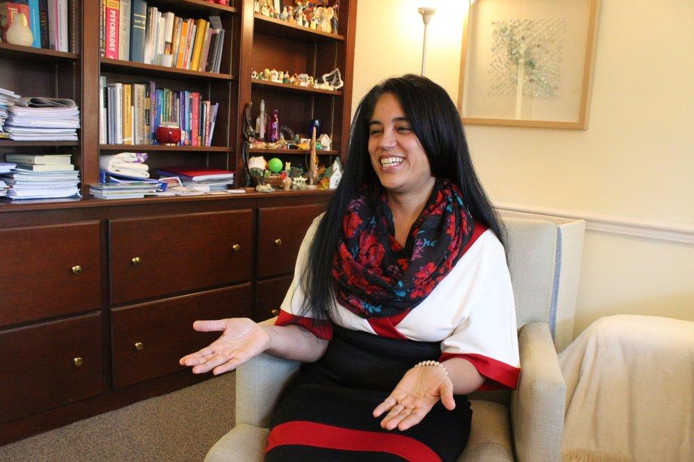 Ingrid Ramos, LPC, terapista y directora del programa Bienestar