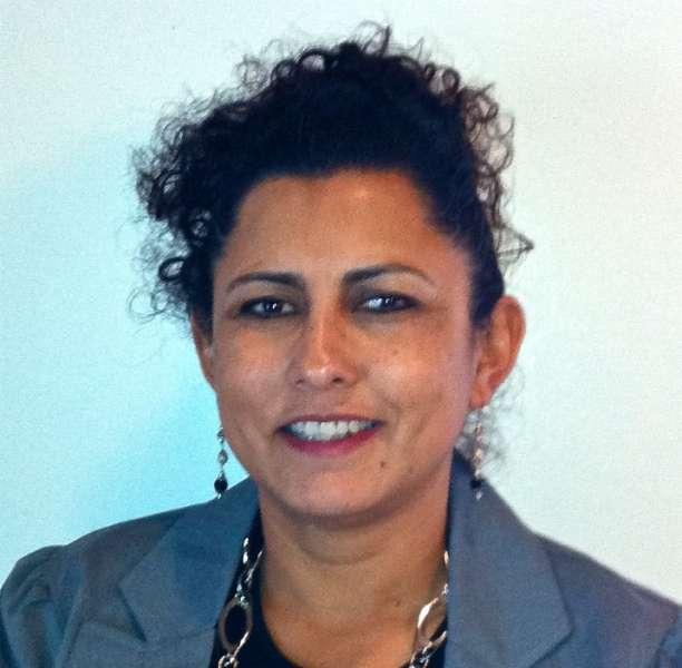 Leticia Gomez, Owner