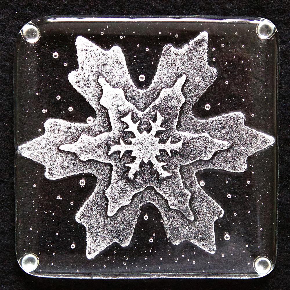 WEB Snowflake 01.jpg