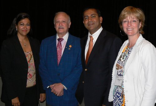 2 009 meeting organizers with guest speakers. From left to right Drs. Neeru Gupta, Robert Ritch, Rohit Varma and Yvonne Buys.