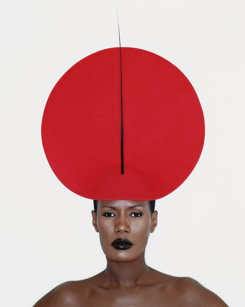 Grace Jones wears Philip Treacy 1998