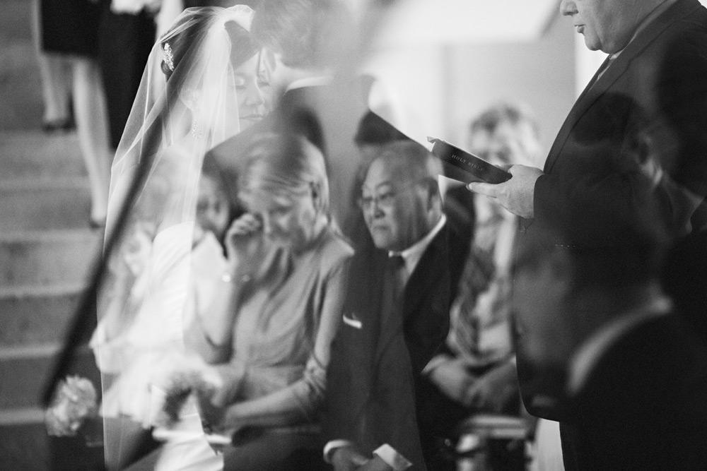 iowa art museum wedding photographer