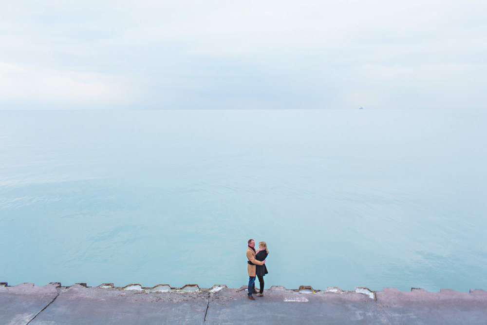 engagement photo lake michigan