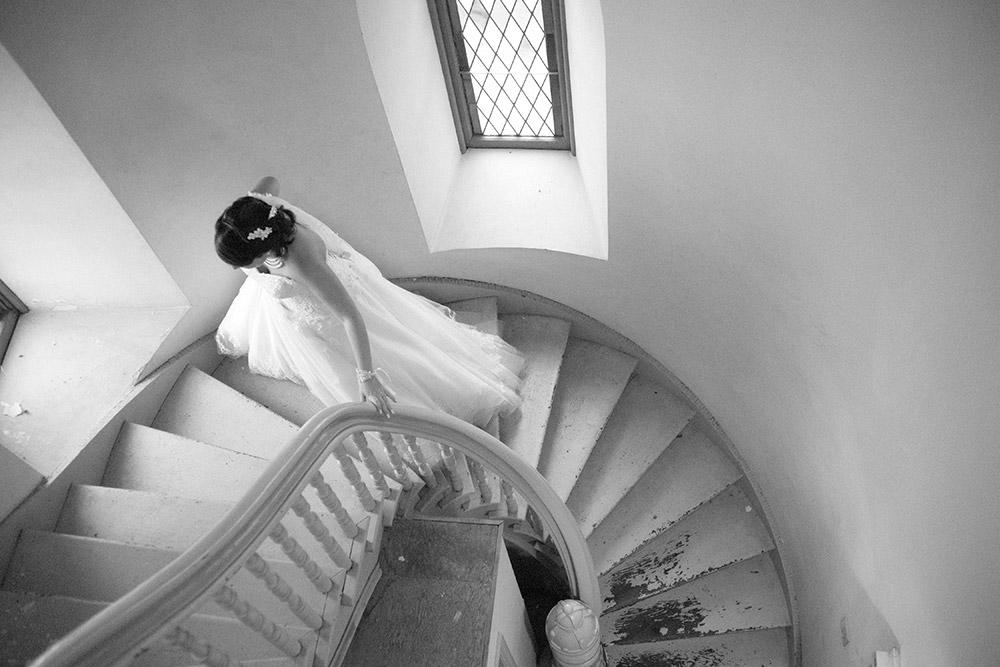 contax-645-film-wedding-photographer-iowa.jpg