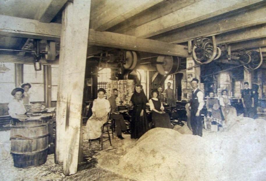 Moore Peg Mill.jpg