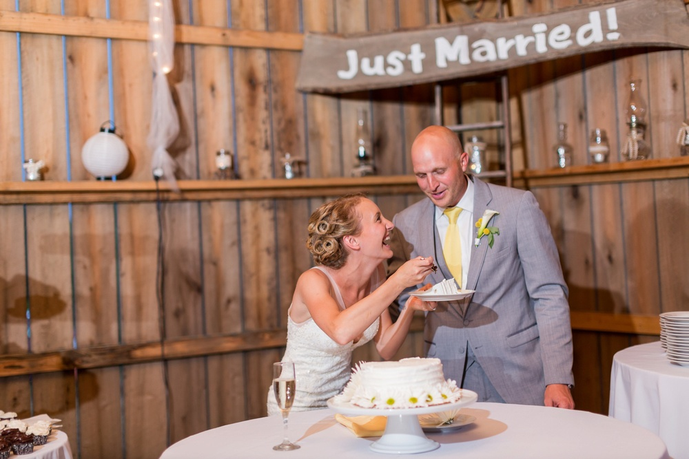 cake-cutting-barn-wedding-reception.jpg