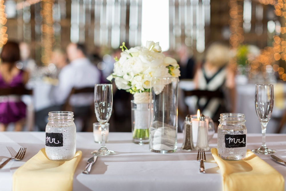 sweetheart-table-wedding.jpg