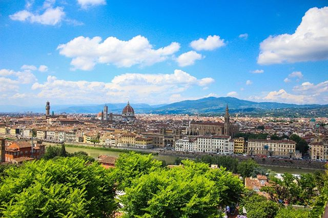The view overlooking Florence in Italy  To see more of Florence go here -  https://youtu.be/FX385uWJhjw  #florence #italy #florenceitaly #tuscany #europe #europetravel #europeanadventure #kiwi #nicknewton #nicholasnewton #eurotrip #adventure #travel #travelblogger #blogger #europeanculture #culture #talesofawanderingkiwi #globetrotter #worldtraveler #travelgram #worldtravel #worldtravelpics #thatview #bluesky #landscape #landscapephotography