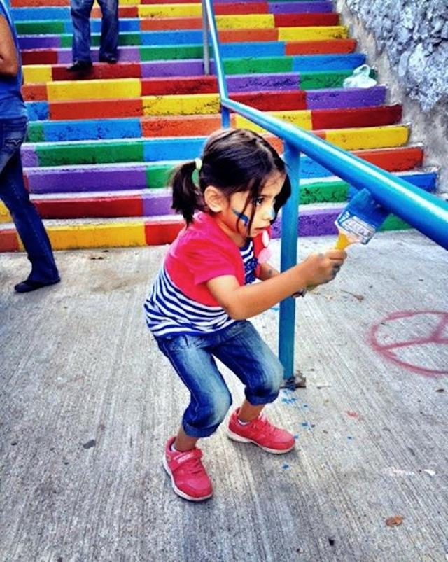 Street-Art-Color-Steps-in-Turkey-4.jpg