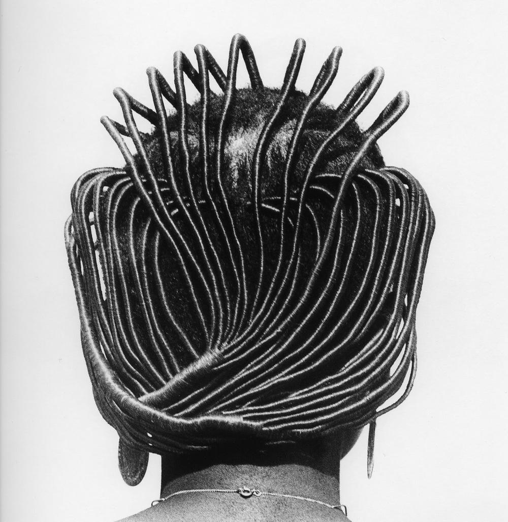 Hairstyles-by-Photographer-J-D-Okhai-Ojeikere-18.jpg