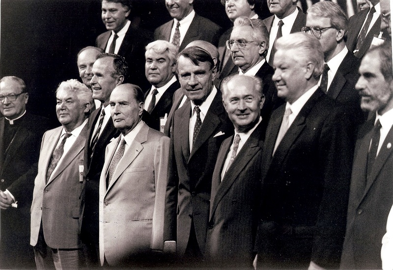 Na summitu KESS-a u Helsinkiju, 1992.