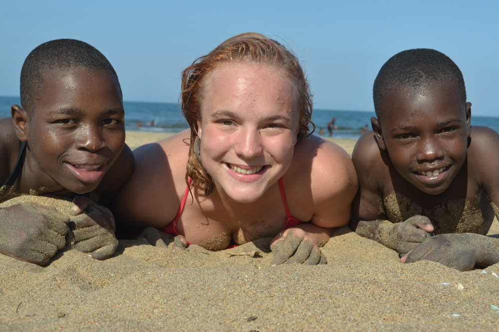 Emily, Amanda and Hess enjoying the hot sand.