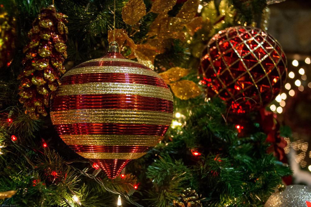 Big ornaments