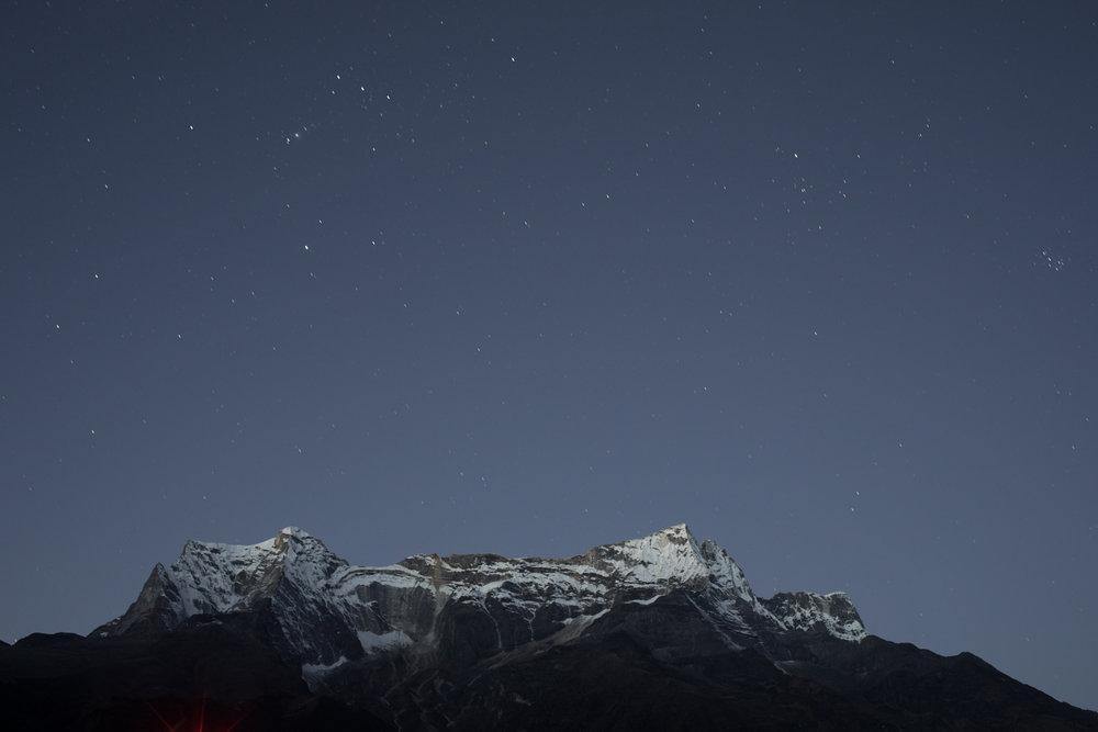 Stars over Kongde Lho 6,187 m / 20,299 ft, Nepal.(Elevation credit: PeakFinder)