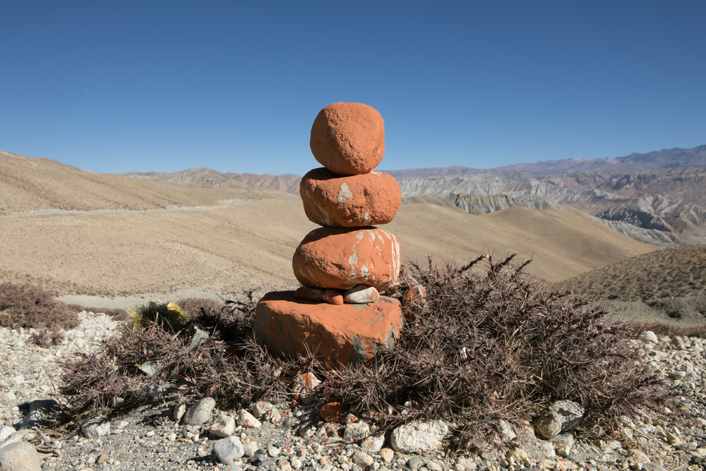 Stacked stones at the top of the pass.  An easy slow desent would lead us to the village of Charang.