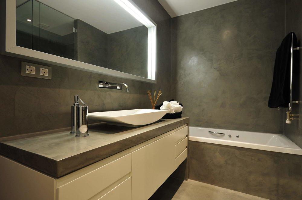 Badrum - Väggar, golv och badrumsmöbel i Topcret microcement