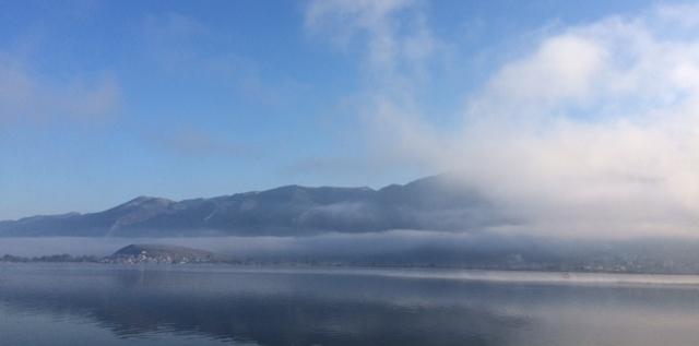 The Lake Pamvotis is on the feeds of Mitsekeli Mountain,470 metres altitude.