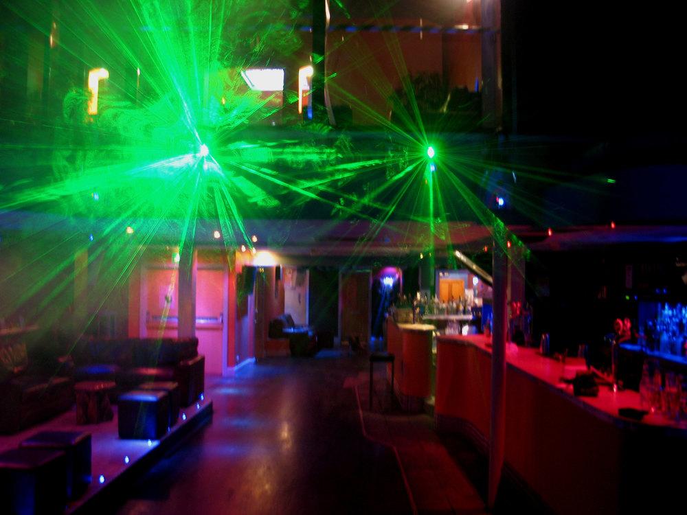 lasers_at_Mango.jpg