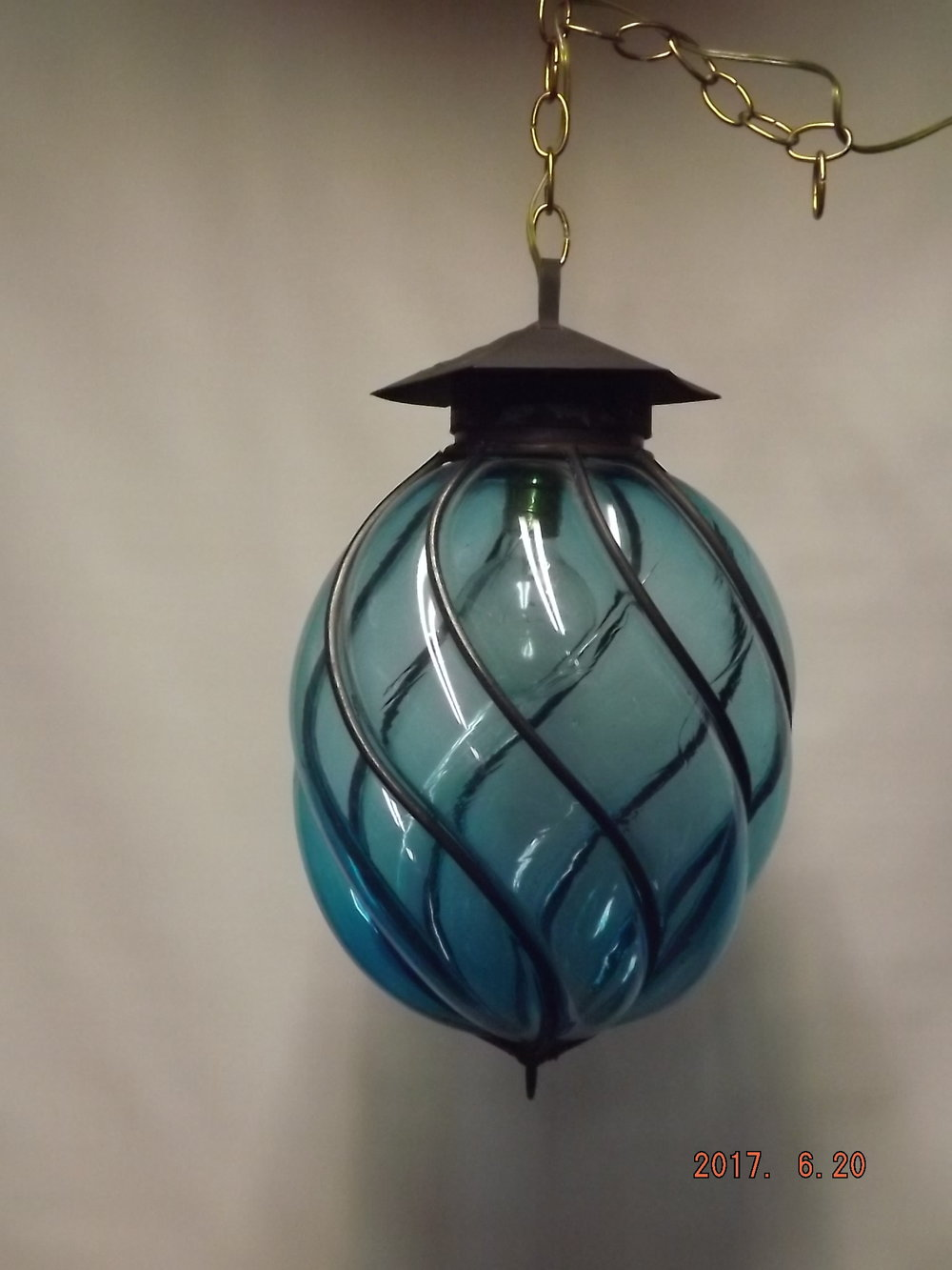 Electric fixture - Blue globe