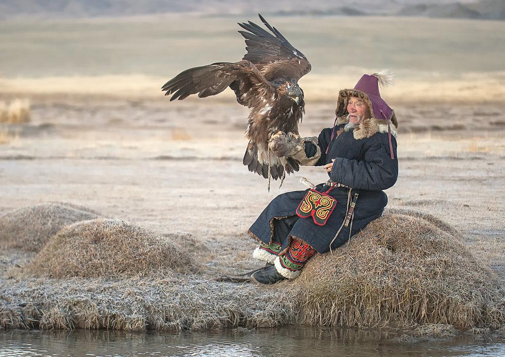 elder+eagle+hunter.jpg
