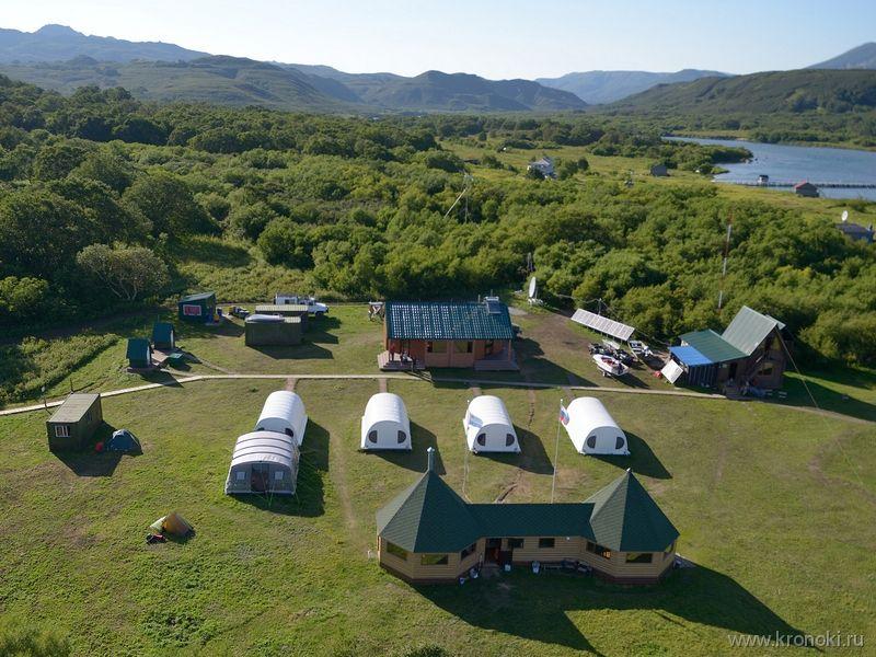 Ozerny base camp at Kurilskoye Lake.jpg