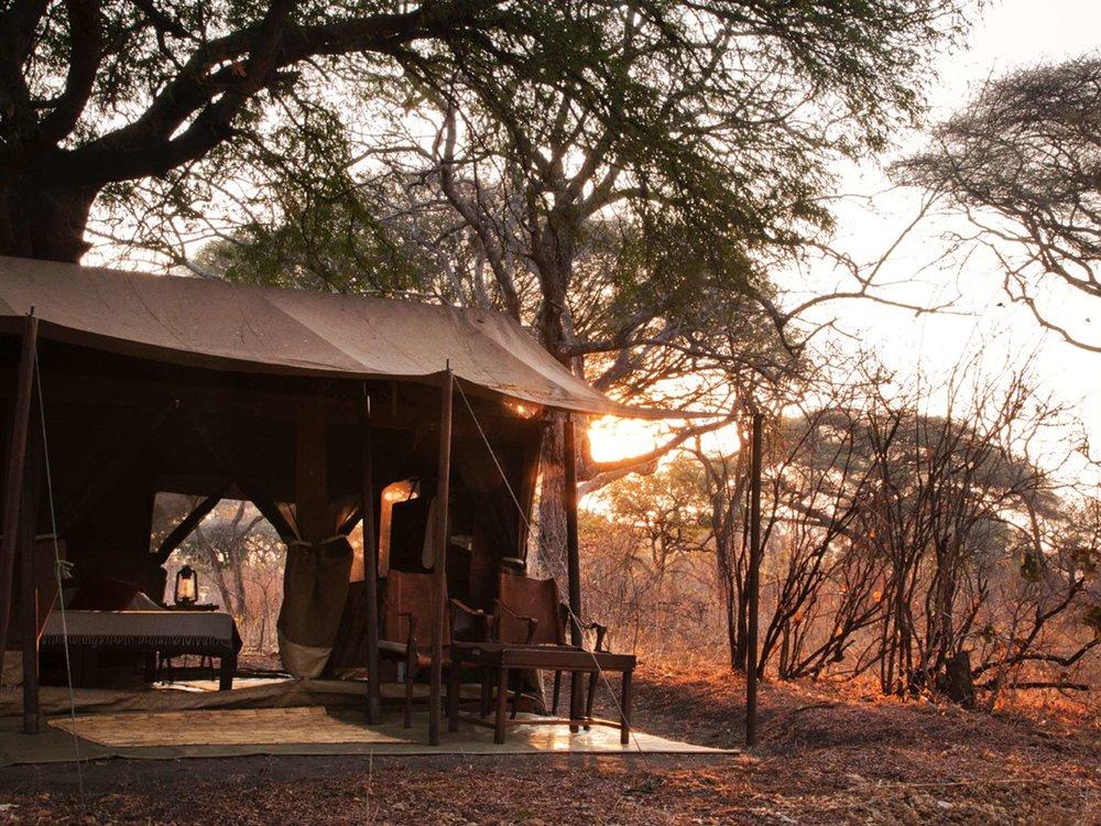 Chada Camp lounge