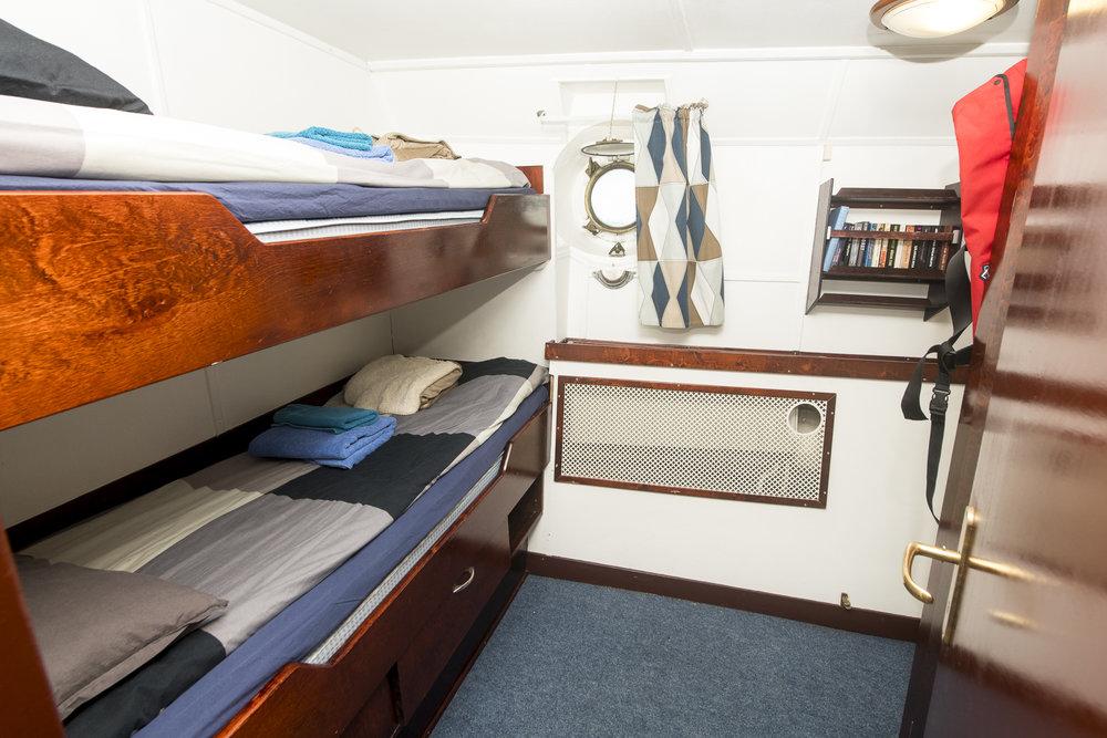 Cabin-#26-DSC_3428.jpg
