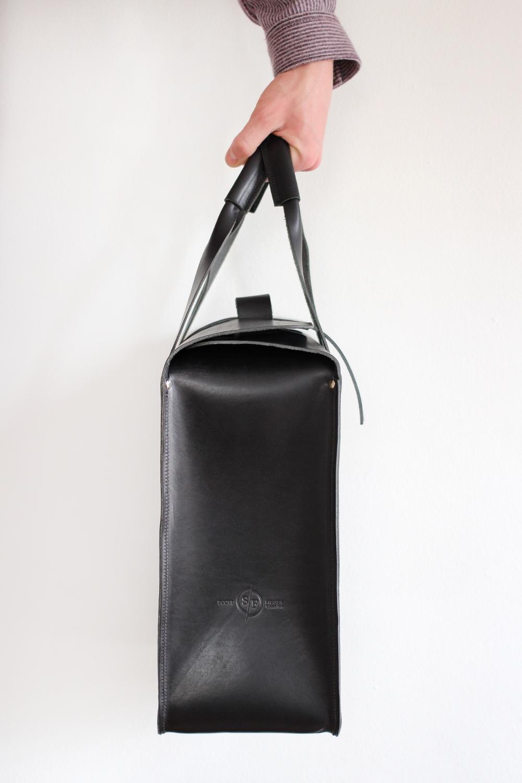 (1) Black bag - 3.jpg