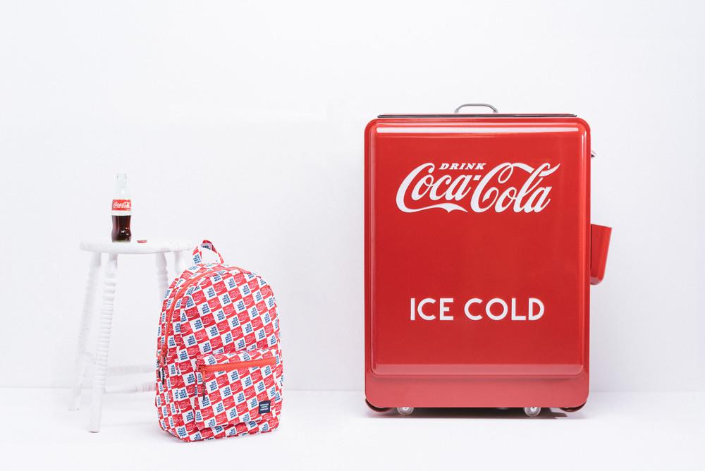 F16-CocaCola-01.jpg