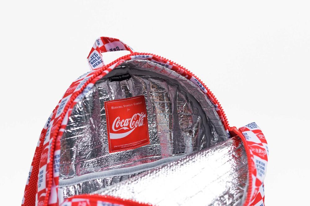 F16-CocaCola-05.jpg