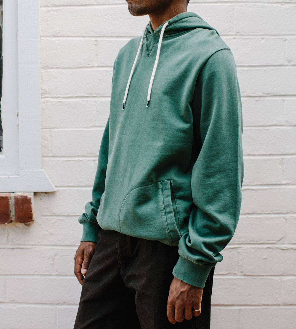 SP17-GDW-Life-M-Top-Fleece-Hood-Hackney-Chive-01-WEB.jpg