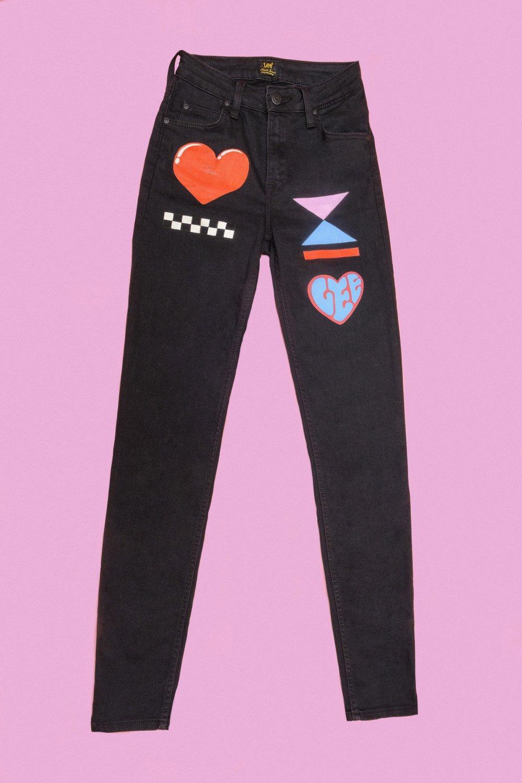 1 Scarlett Jeans Front.JPG