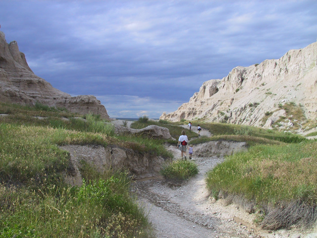 badlands hike 3.jpg