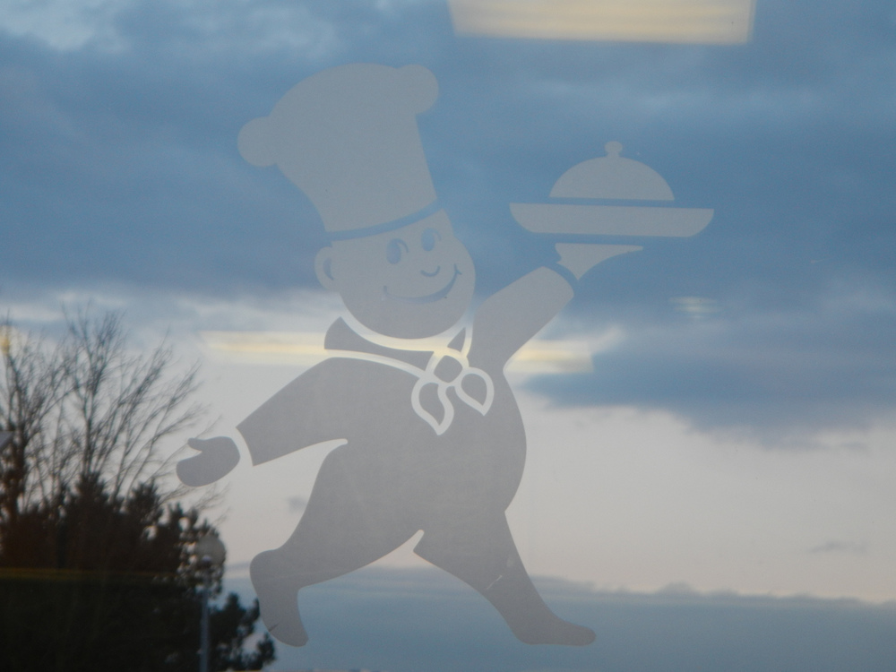 The Little Chef Logo.