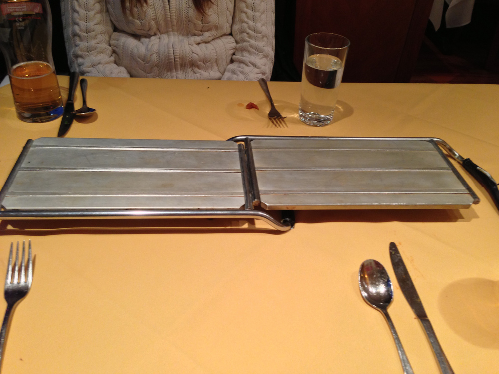 Hot plates, ready for the feast that we ordered.