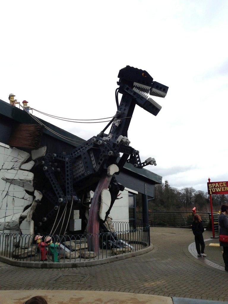 Lego Dino-Robot Thing