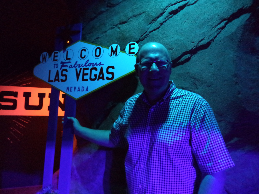 After many, many trips to Vegas, Dan finally gets his picture in front of the famous sign!