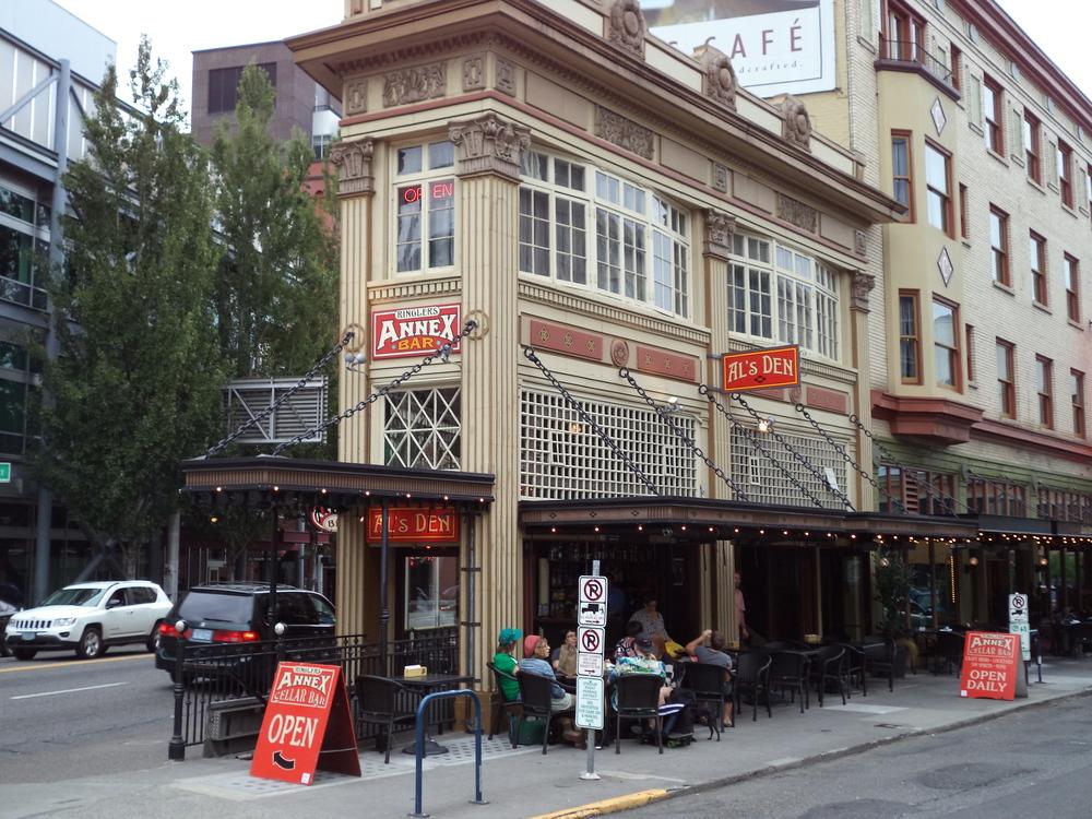 Ringler's Annex Bar, Portland