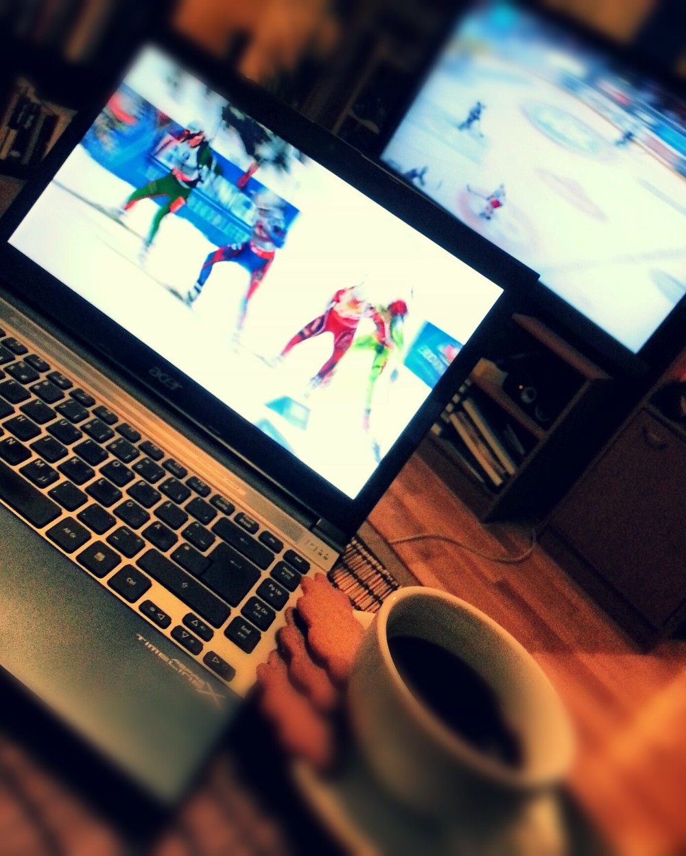 Biathlon, coffee, gingerbread and ice hockey