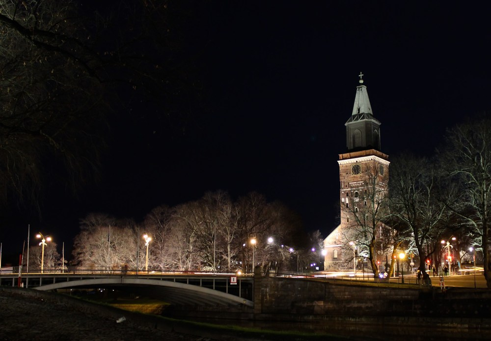 Getting home today (Turku cathedral)