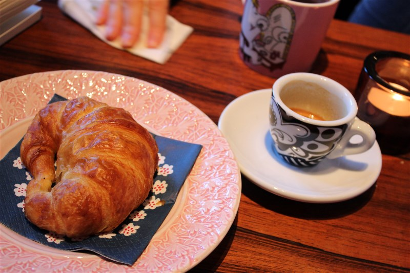 Great croissants and good coffee