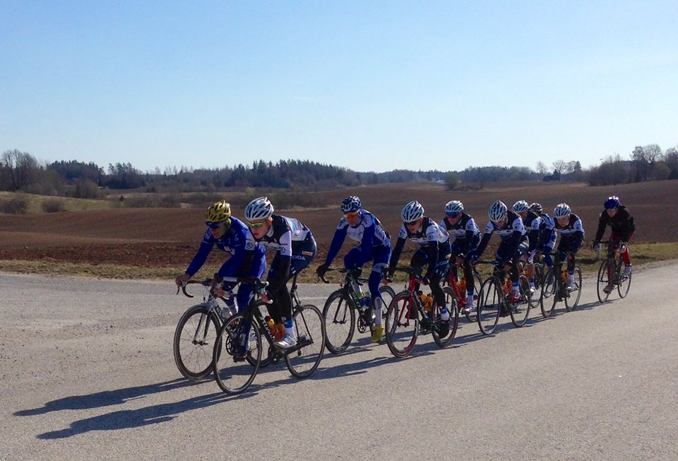 Team Fincycling training in Estonia
