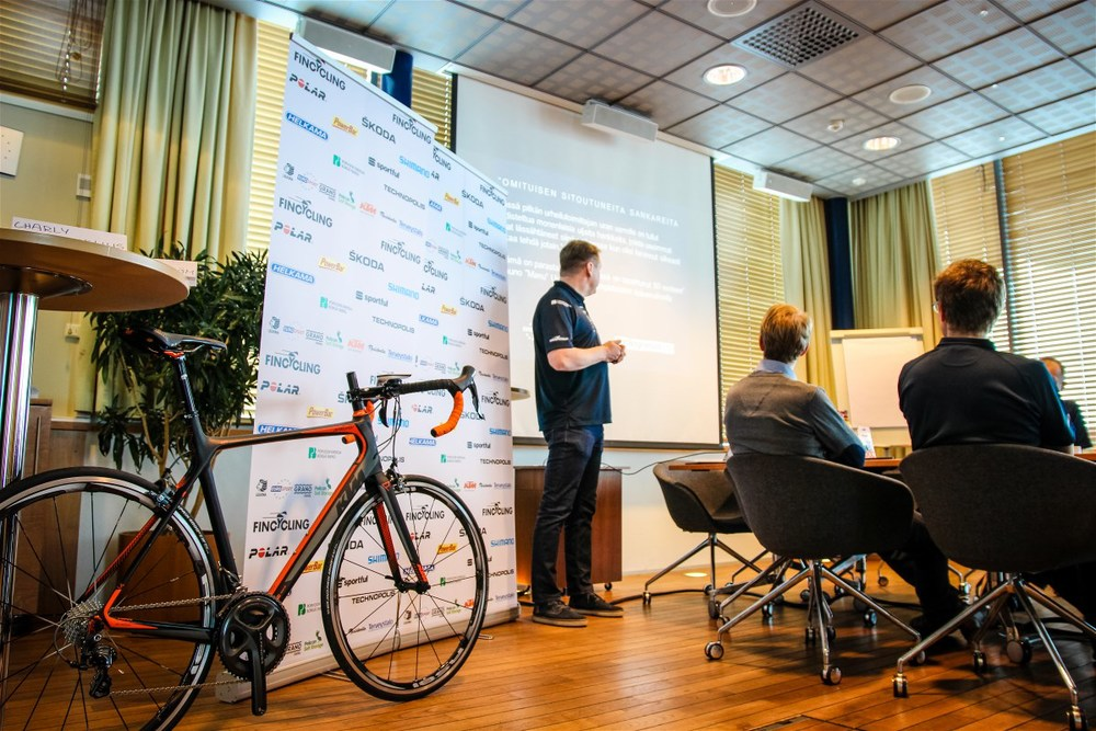 Juho Suikkari presenting the Fincycling story in 2014 and what's to come