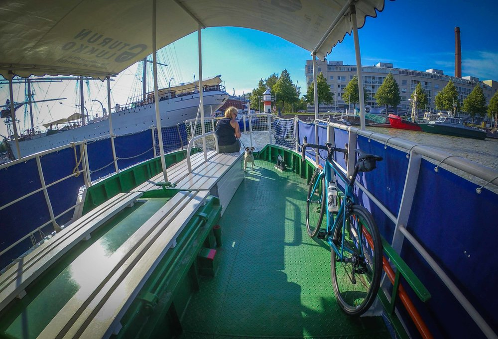 This ferry (pikkuföri) took me over the Aura river throughout the summer. What a service!
